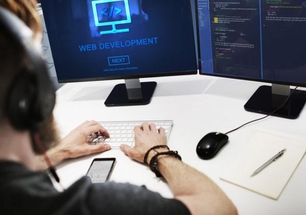 DEVELOPPEUR WEB CONFIRME H/F
